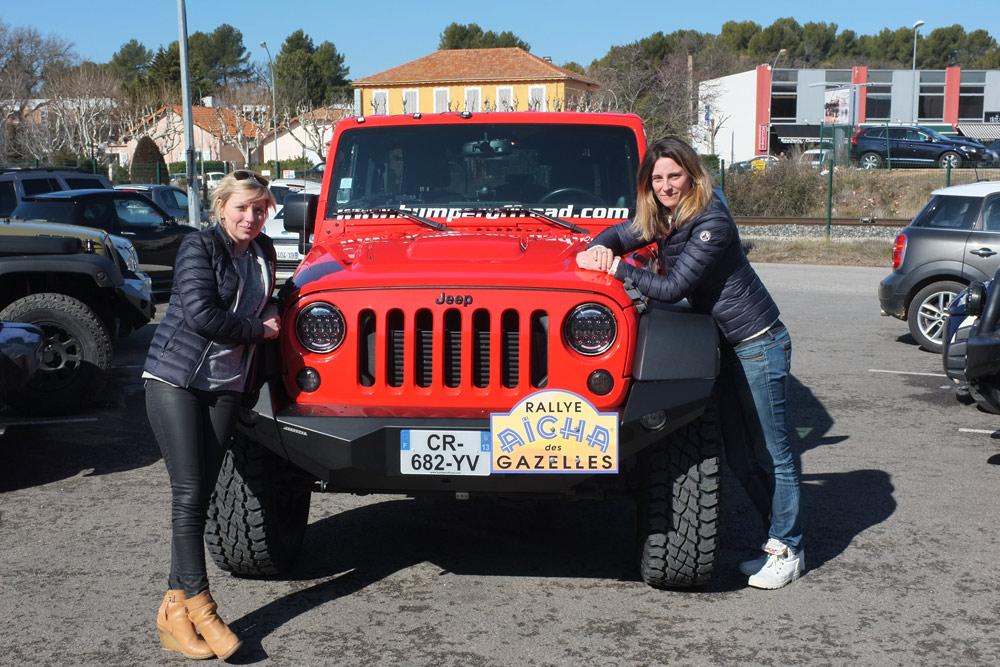 Equipage 102 Rallye des gazelles 2018 Elodie Servin & Claudia Martin - Bumperoffroad location Jeep rallye