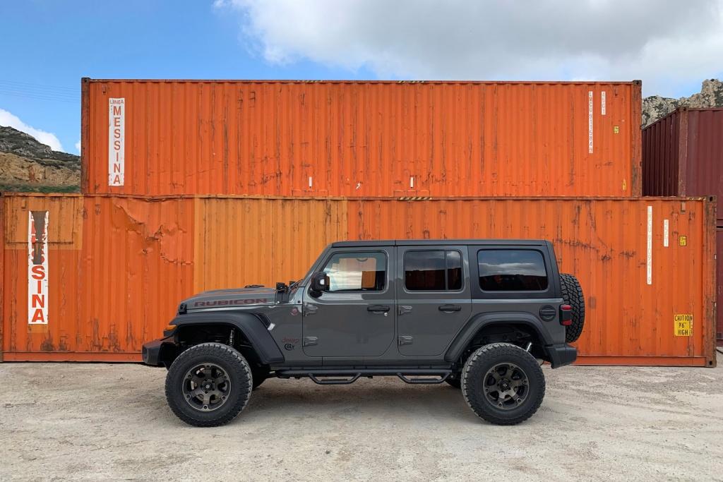 Jeep JLU Bumperoffroad - Jeep France