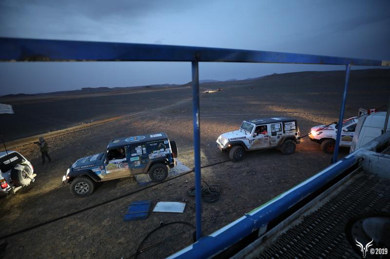 Jeep dans le desert - Jeep JK - Rallye Sahara