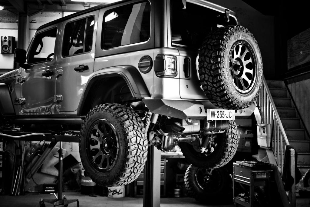 Votre Jeep est en panne, ou à subit un sinistre ? Pas de panique, l'équipe de Bumper OffRoad est à votre service.
