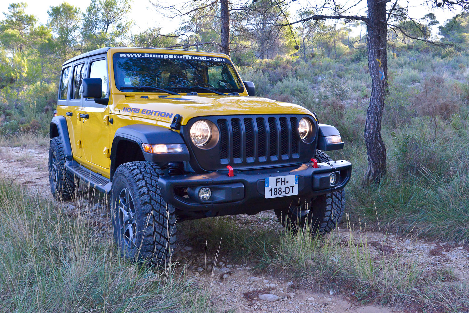 Jeep Wrangler JLU Yellow by Bumperoffroad